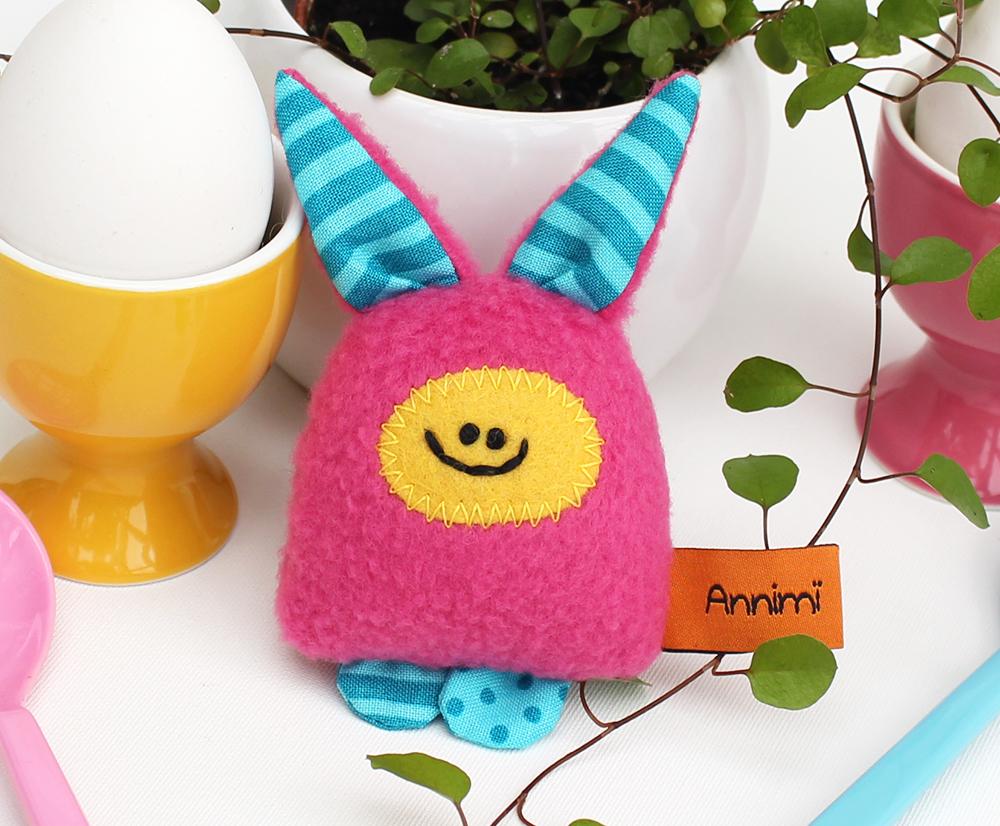Taschenmonster mit Hasenohren