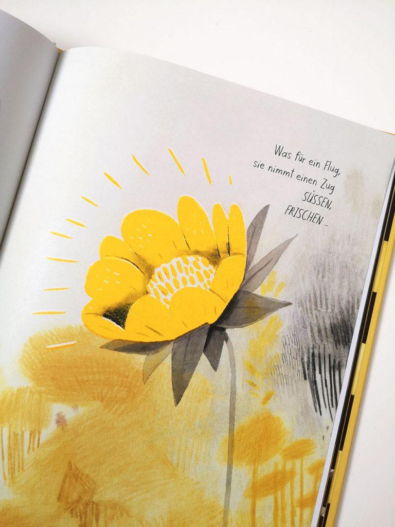 Innenseite Die Honigbiene: Bluete in Sonderfarbe Gelb